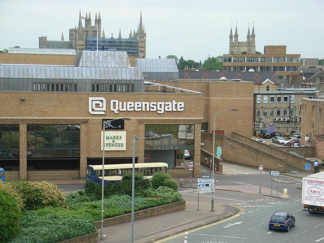 Queensgate Shopping Center – Update Locations